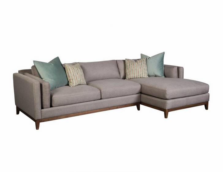Bellamy 3 pc Sectional with Chaise and 4 pillows