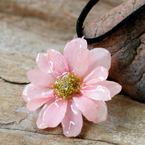 Hand Made Thai Natural Flower Necklace 'World of Pink'