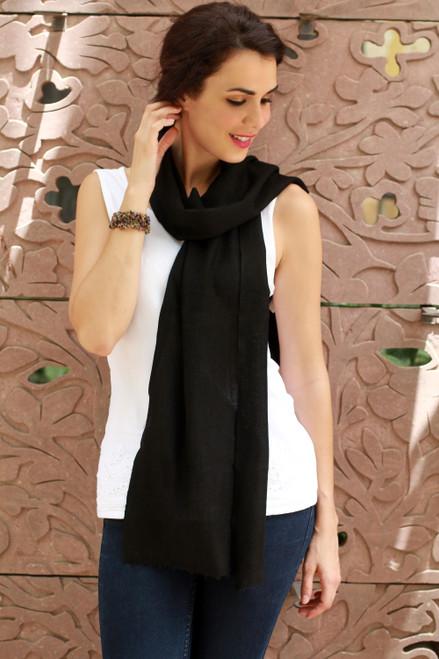 Wool scarf 'Smart in Ebony'