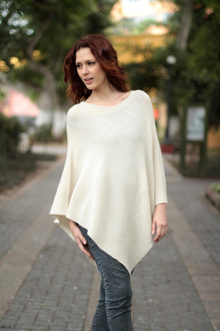 100 Alpaca Wool Poncho 'Sweet Cream'