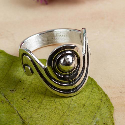 Unique Taxco Silver Band Ring 'Sensuous'