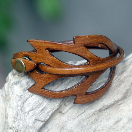 Brown Leather Wristband Bracelet 'Lucky Leaf'