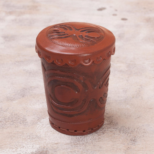 Leather dice cup and dice set 'Nazca Spider'