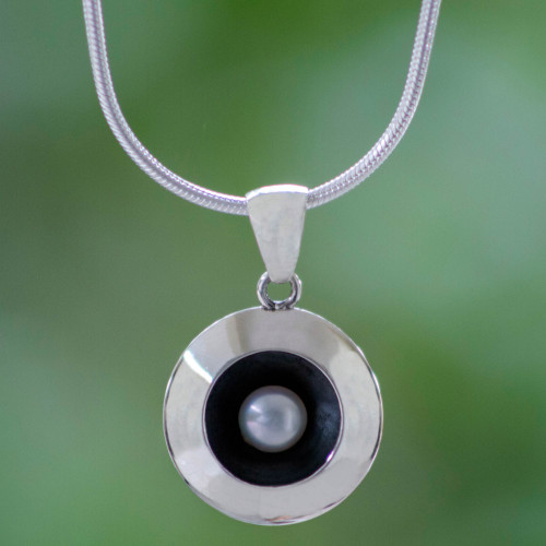 Taxco Silver Necklace with Cultured Pearl 'Moon Intrigue'