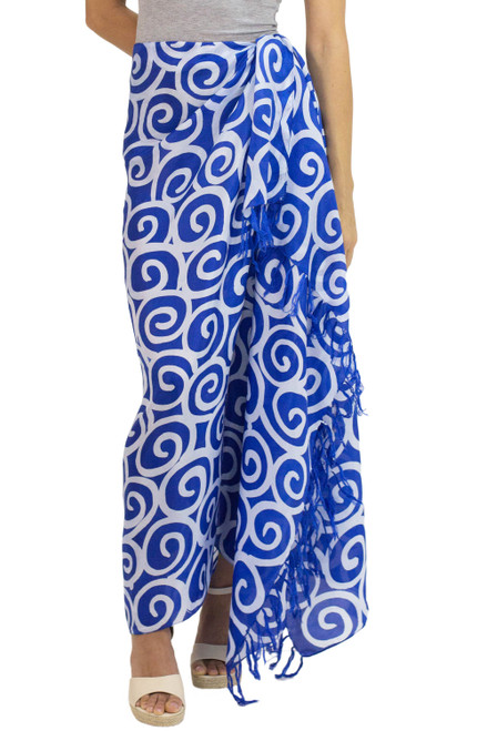 Artisan Crafted Thai Silk Batik Sarong in Blue 'Blueberry Spiral'