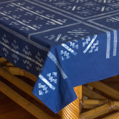 Thai Hill Tribe Handcrafted Batik Tablecloth 59x118 'Hill Tribe Zigzag'