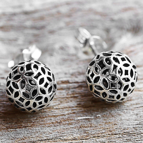 Hand Made Sterling Silver Stud Earrings Round from Thailand 'Bursting Stars'