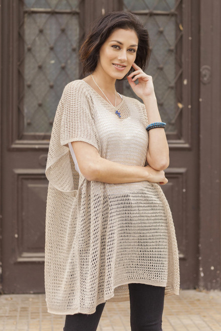 Beige Tunic with V Neck and Short Sleeves 'Beige Dreamcatcher'