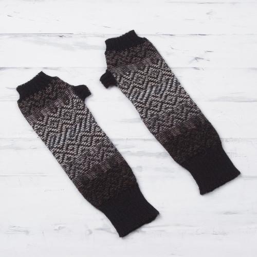 100 Alpaca Fingerless Gloves in Black and Mahogany Peru 'Mahogany Brown Andean Pride'