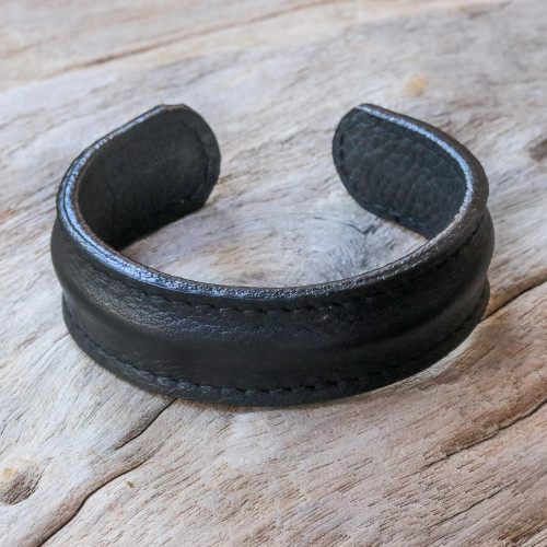 Handcrafted Black Leather Men's Cuff Bracelet from Thailand 'Basic Black'