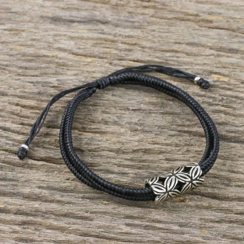 Karen Silver Pendant Bracelet in Black from Thailand 'Karen Seeds in Black'