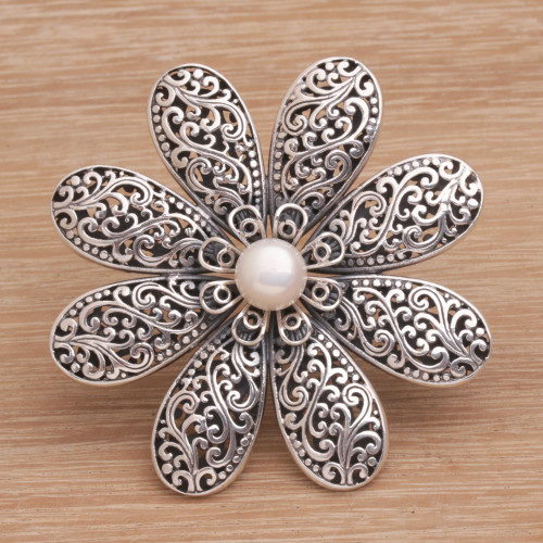 Handmade 925 Sterling Silver Cultured Pearl Floral Brooch 'Starlight Flower'