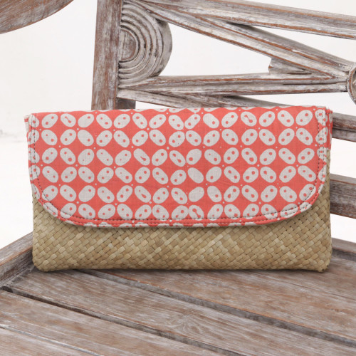 Red and White Truntum Batik Lontar Leaf and Cotton Clutch 'Truntum Haze Red'
