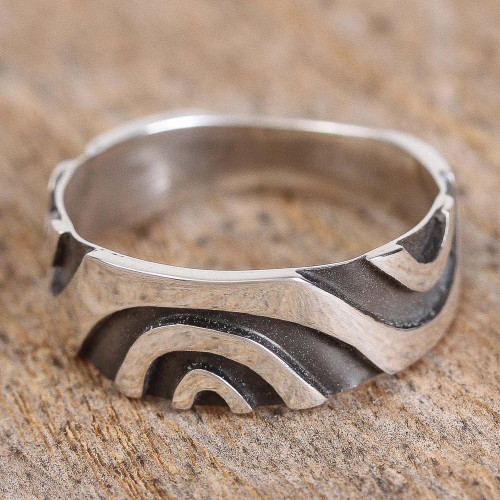 Modern Taxco Sterling Silver Band Ring from Mexico 'Wavy Labyrinth'