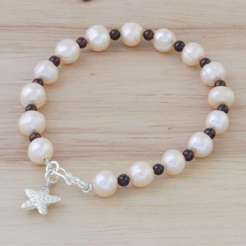 Beaded Cultured Freshwater Pearl Garnet Starfish Bracelet 'Starfish Love'
