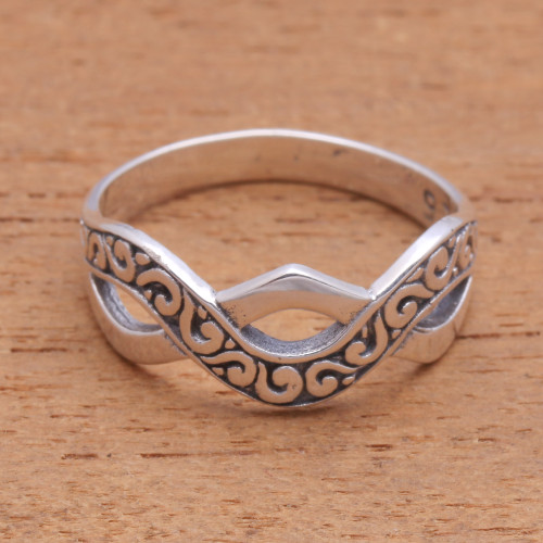 Curl Pattern Sterling Silver Band Ring from Bali 'Curling Current'
