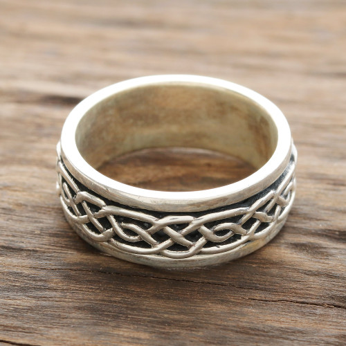 Celtic Pattern Sterling Silver Spinner Ring from India 'Celtic Illusion'