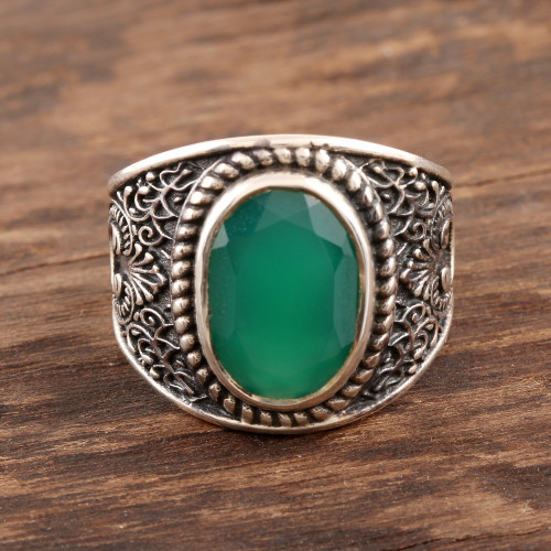 6-Carat Men's Green Onyx Ring from India 'Elite Green'