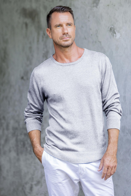 Men's Crew Neck Cotton Blend Pullover in Pearl Grey 'Classic Warmth in Pearl Grey'