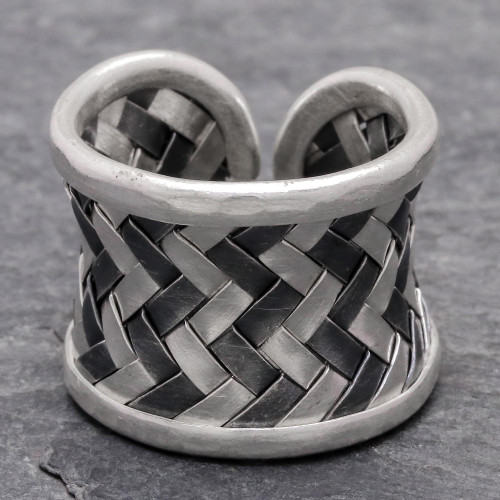 Matte and Oxidized Woven Silver Band Ring 'Dark Path'