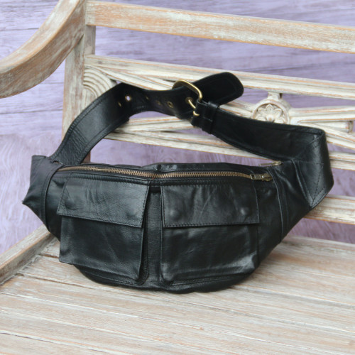 Black Leather Fanny Pack Waist Bag with Pockets and Buckle 'Uncharted'