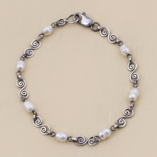 Handmade Sterling Silver and Cultured Pearl Bracelet 'Colonial Pearls'