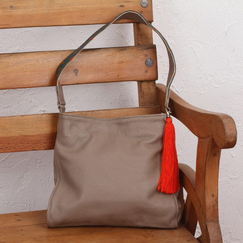 Taupe Leather Shoulder Bag with Interior Pockets 'Cityslicker'