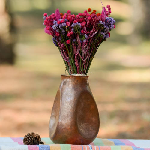 Handcrafted Modern Copper Vase from Mexico 'Modern Egg'