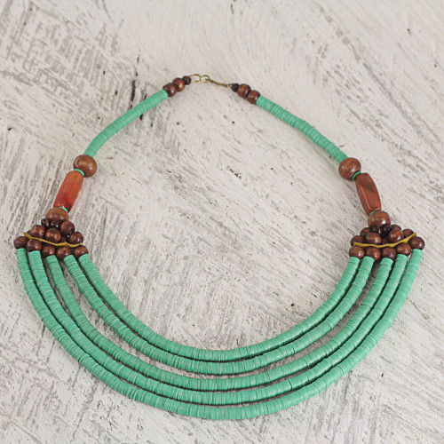 Hand Crafted Agate and Wood African Green Beaded Necklace 'Wend Panga in Green'