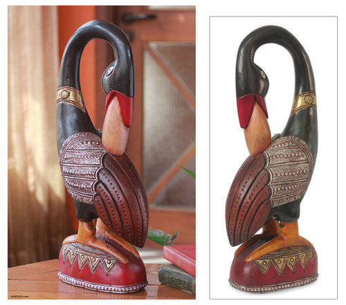 Wood sculpture 'Sankofa Bird Message'