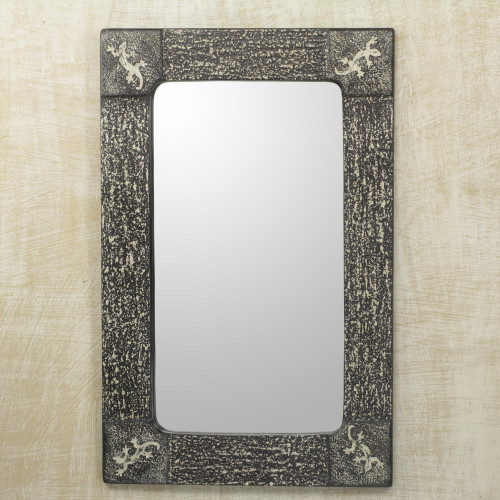 Handcrafted African Lizard Theme Wall Mirror 'Vintage Gecko'