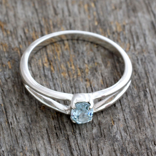 Blue Topaz Solitaire Sterling Silver Ring from India 'Blue Island'
