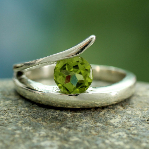 Artisan Crafted Solitaire Peridot Ring from India 'Dazzling Love'