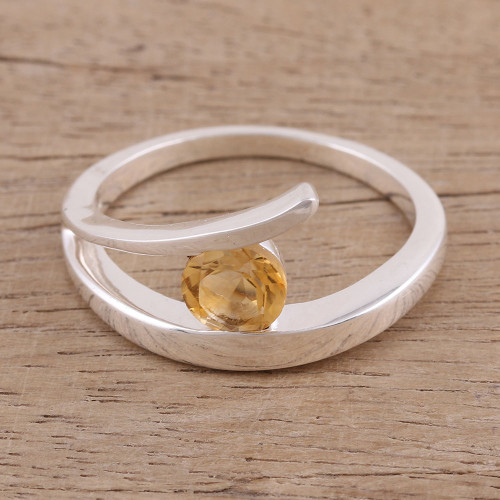 Handcrafted Sterling Silver Solitaire Citrine Ring 'Dazzling Love'