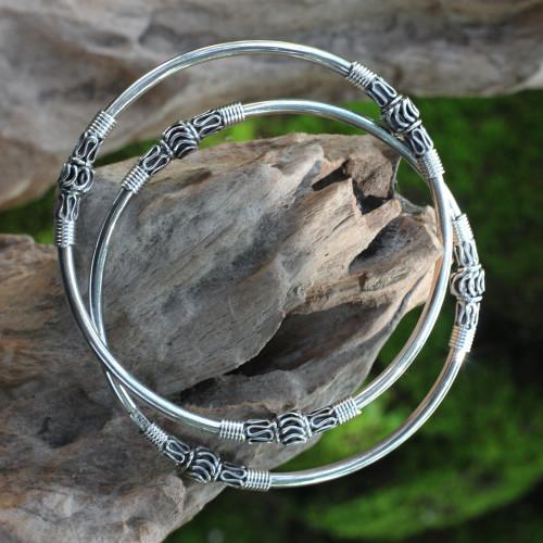 Artisan Crafted Sterling Silver Bangles Pair 'Kintamani Moon'
