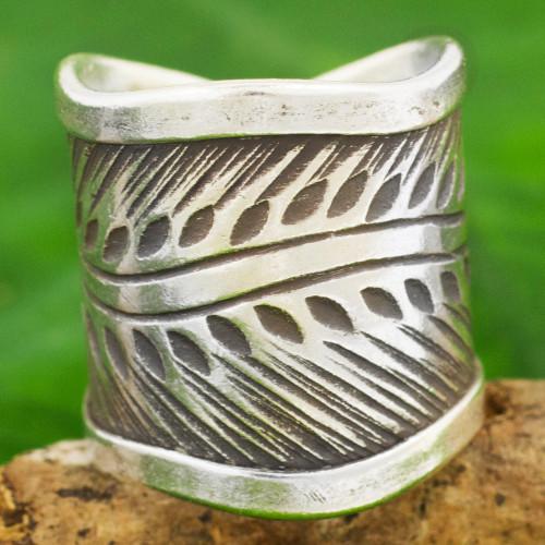 Karen Hill Tribe Handcrafted Leaf Theme Wide Silver Ring 'Karen Leaves'