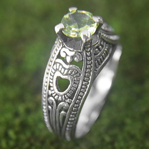 Hand Made Sterling Silver Peridot Solitaire Ring Indonesia 'Heart Splendor'