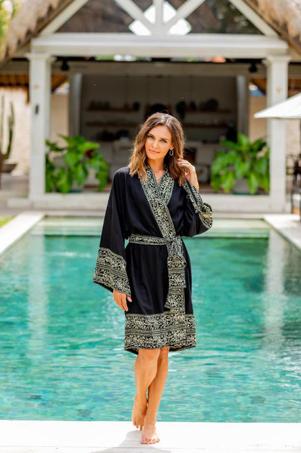 Indonesian Floral Patterned Black and White Short Robe 'Midnight Rose'