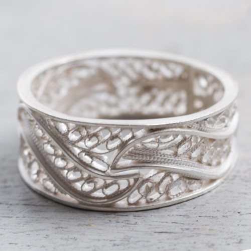 Artisan Crafted 950 Silver Filigree Band Ring from Peru 'Three Waves'