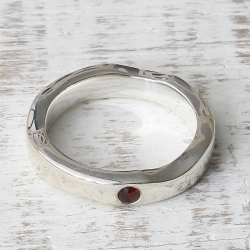 Sterling Silver and Garnet Band Ring from India 'Curvy Sophistication in Red'