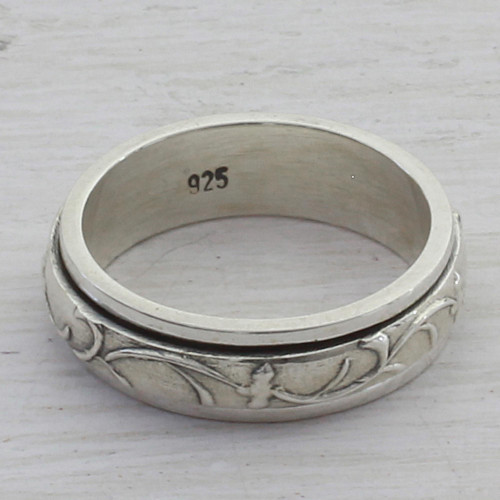 Artisan Crafted Sterling Silver Spinner Ring from India 'Spinning Vines'