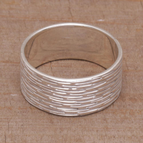 Sterling Silver Shimmering Band Ring from Bali 'Elegant Mist'