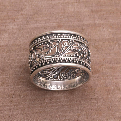 Sterling Silver Openwork Band Ring from Bali 'Merajan Majesty'