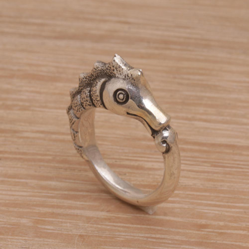 Sterling Silver Seahorse Motif Ring from Bali 'Kuda Laut'