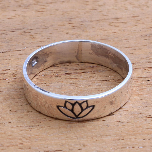Lotus Flower Sterling Silver Band Ring from Bali 'Single Lotus'