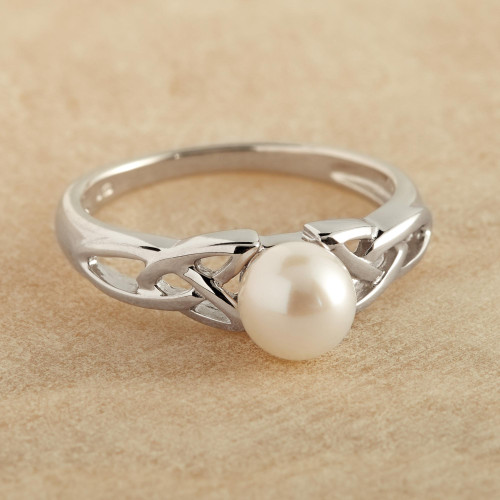 Celtic Pearl Ring 'Celtic Tradition'