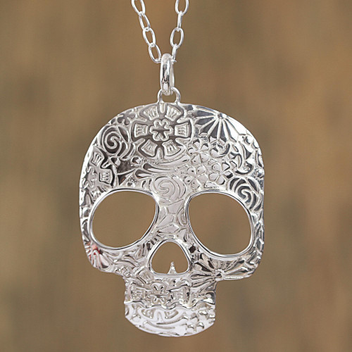 Taxco Sterling Silver Skull Pendant Necklace from Mexico 'Complex Skull'
