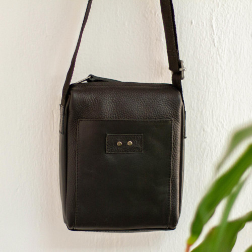 Unisex Black Leather Shoulder Bag from Mexico 'Brooklyn Bound in Black'