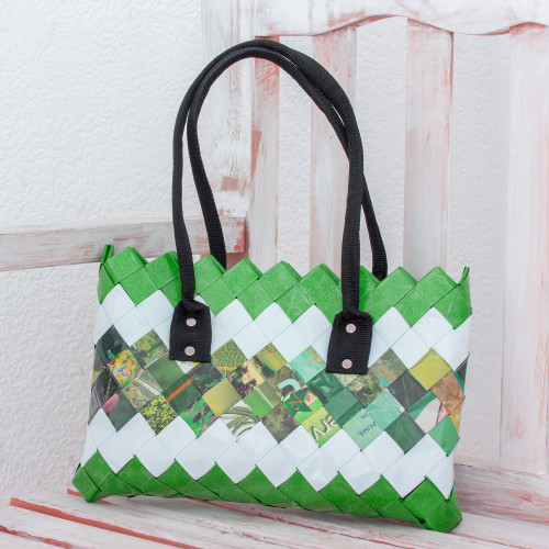 Handcrafted Green Recycled Magazine Paper Shoulder Bag 'New Fields'