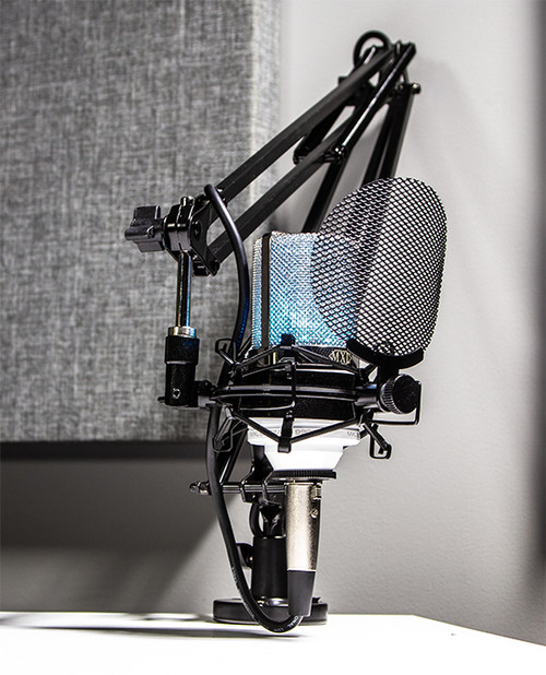 MXL Overstream gaming and podcasting